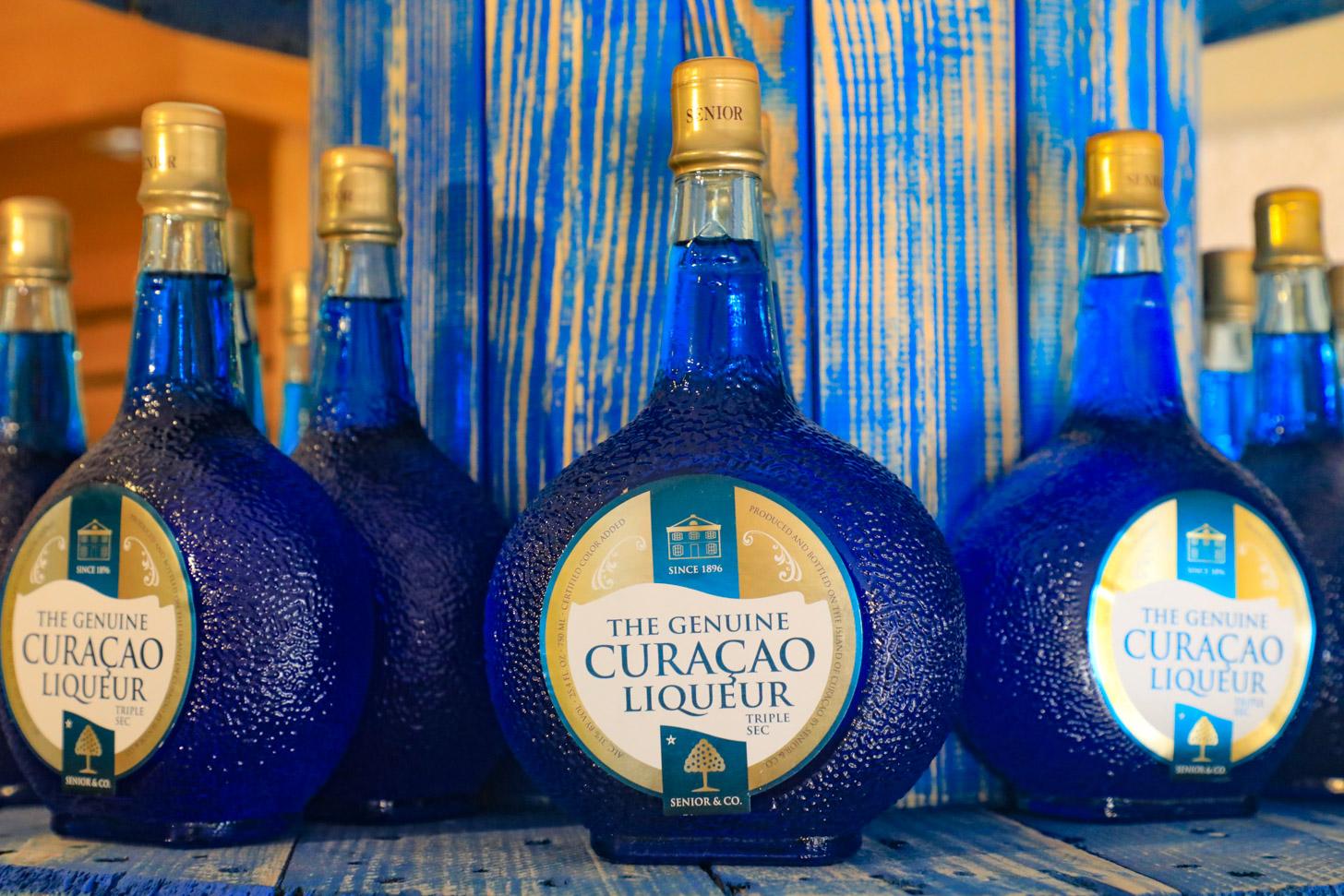 Blue Curacao is het belangrijkste product van Landhuis Chobolobo