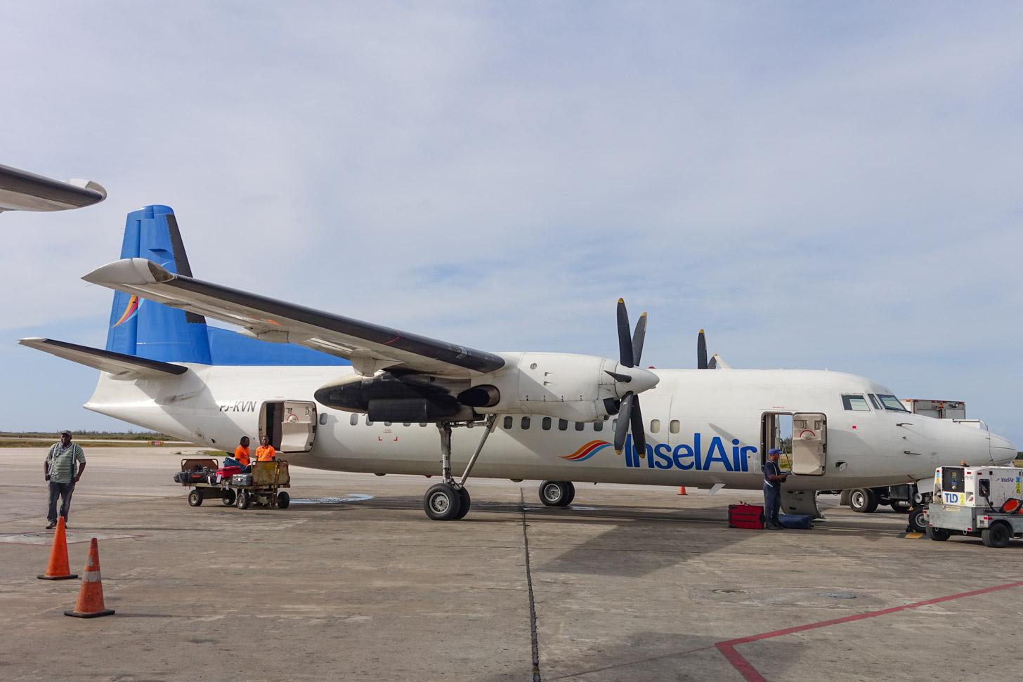 Fokker-vliegtuig van Insel Air